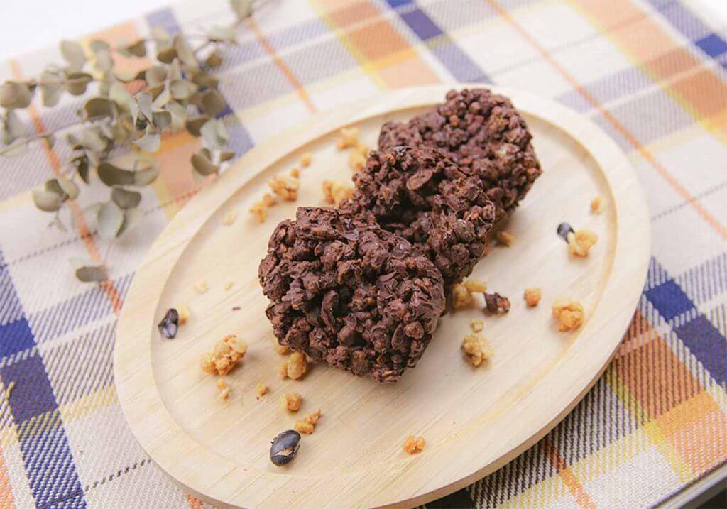 プロテイン入りチョコクランチ(ココア風味)