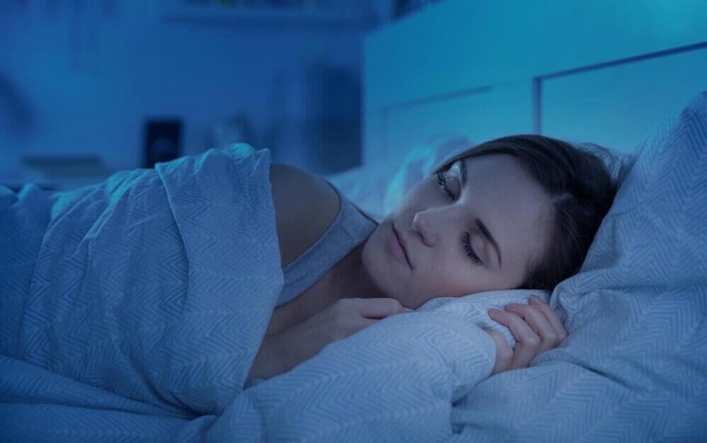 夜寝る前(就寝前)にプロテインを摂取すべき理由とは