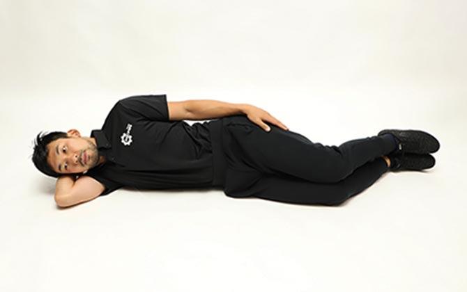大腿四頭筋のストレッチ(臥位)